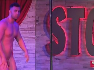 NAKED MALE STRIPPER 10
