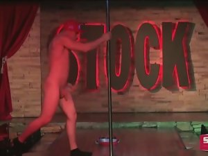 NAKED MALE STRIPPER 11