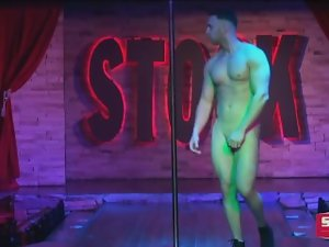 NAKED MALE STRIPPER 14