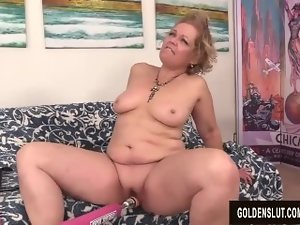 A Grinding Machine Makes Alluring Grandma Kelly Leigh Ejaculation