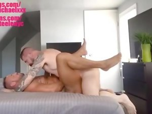 Michael Roman rails a thick flow out of Rocco Steele's 10 inch monster stiffy