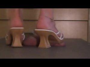 Spear Crush Under High-heeled shoes Utter weight no regret :D