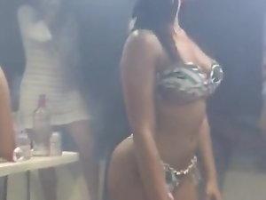 amazing filthy slutty girl dancing in a bar