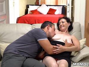 HD Granny pornography