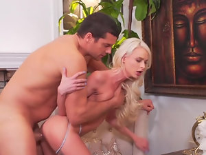 Emma Hix moans for a huge cock fucking her pussy