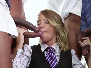 Four guys get their cocks sucked by pornstar Jessica Drake