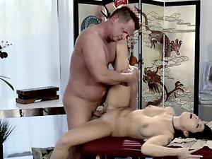 Beautiful Asian Rina Ellis fucks her massage client eagerly