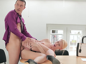 A big dick is getting inside a blonde in a staff meeting in the office